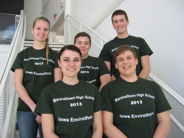 First Place Team: Front (L to R): Abby Snyder and Adam Willman. Back: Emma Runquist, Ilene Finn, Joe Metzger.