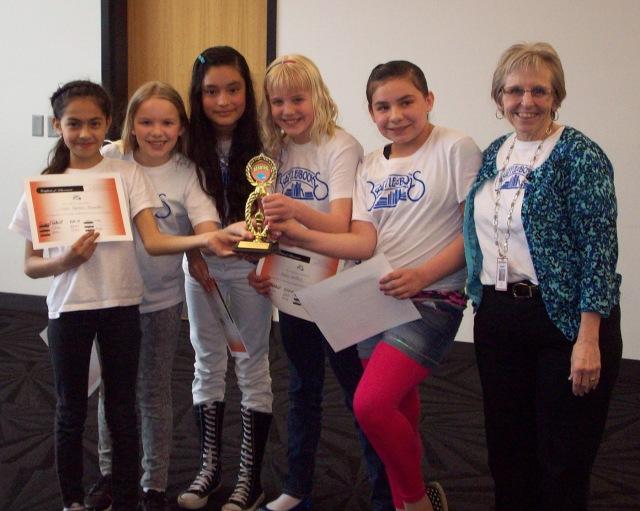Olivia Adams Zmolek, Nayeli Becerra Hernandez, Denice Vega, Lilianna Victor, Abbey Welden, Teacher Librarian Sue Cahill.