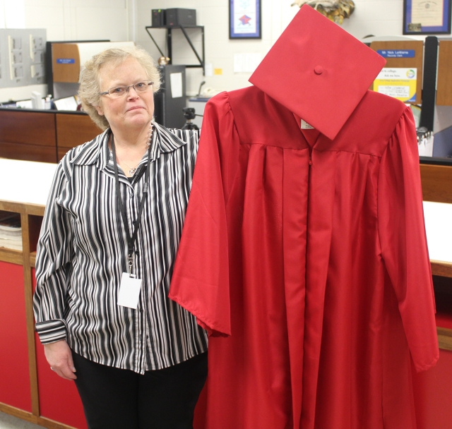 MHS seeking graduation cap and gown donations | Bobcats Making ...