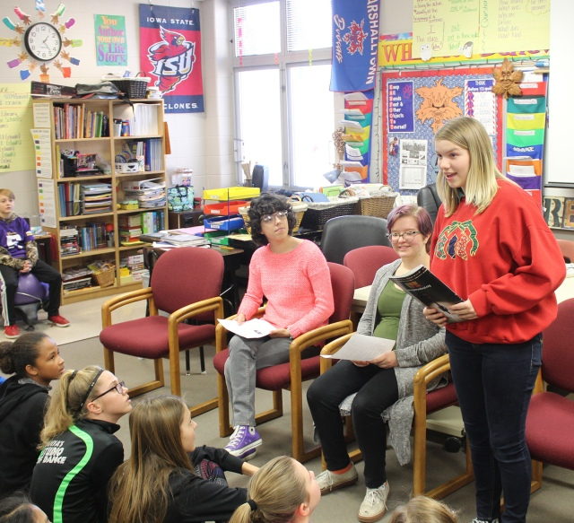 MHS students recite poetry to Lenihan students | Bobcats